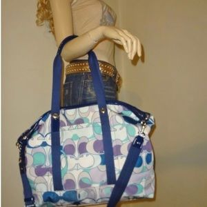 Kyra Daisy Extra Large Tote Weekend/Travel Bag